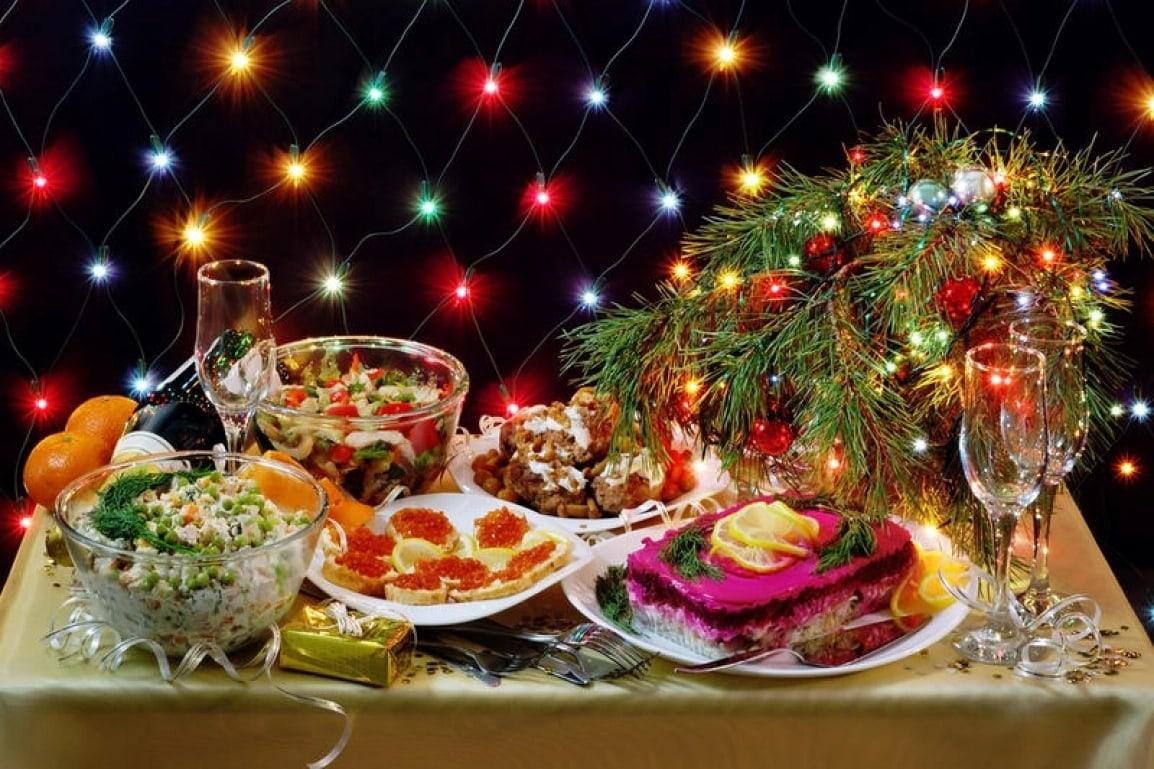 servirovka-novogodnego-stola-09.jpg